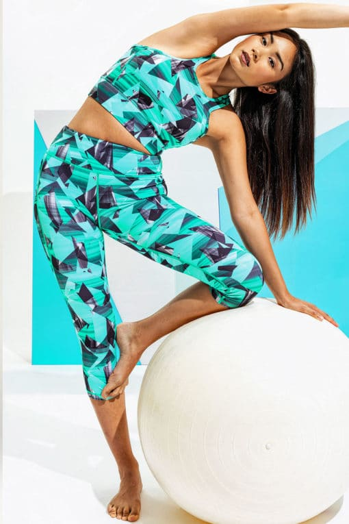 Womens Geo Funky Turquoise Cropped Leggings Oufit Set